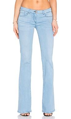 低裆牛仔喇叭裤