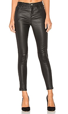Classic Leather Pants in Black