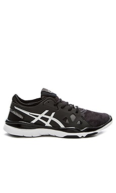 Gel Fit Nova Sneaker in Black & Silver