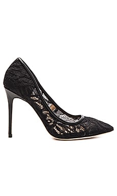 Orien Heel in Black