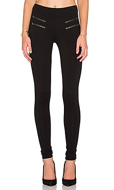 Hitchhiker Legging in Black