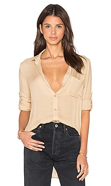 Shirt Tail Button Down in Wheat