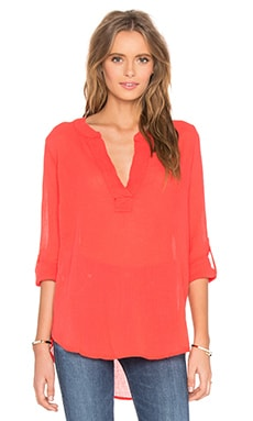 Gauze V Neck 3/4 Sleeve Top in Retro Red