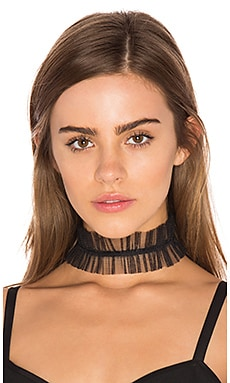 Ruffle Choker in Black