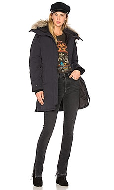 Shelburne Parka with Coyote Fur in Navy
