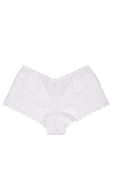 Minoa Naughtie Hotpant in White