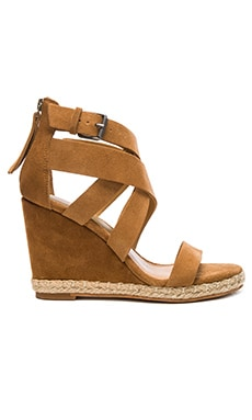 Kova Wedge in Camel Suede