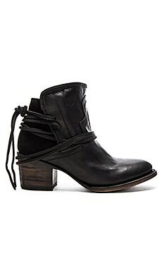 CASEY 短靴