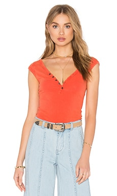 Peaches Henley Tee in Papaya