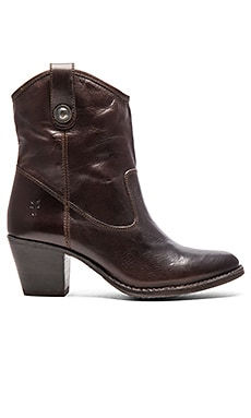 Jackie Button Short Boot in Chocolate