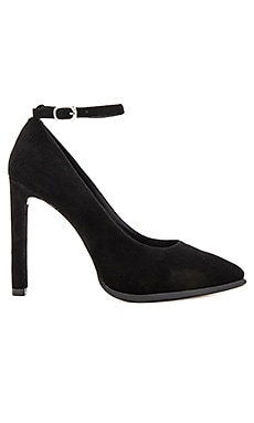 Lentine Heels in Black Suede