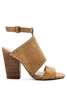 Christie Heel in Tan