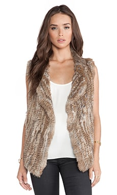 Andoni Rabbit Fur Vest in Warm Natural