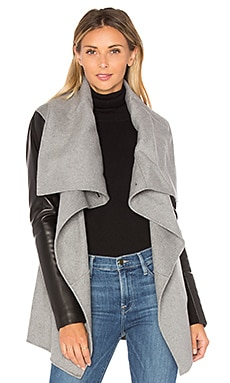Vane Coat in Light Grey