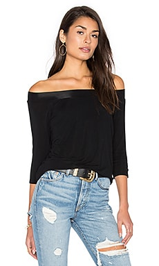 Off Shoulder Tee in Black