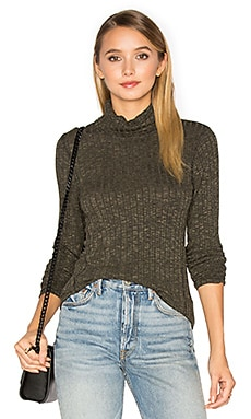 Long Sleeve Turtleneck Top in Olive Moss
