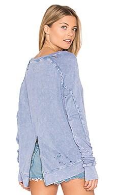 Destroyed Annie Hi Lo Sweatshirt in Surf Blue