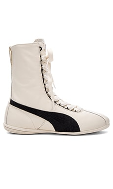 Sportstyle Eskiva Hi Sneaker in Whisper White & Black