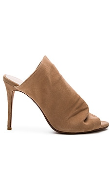 Banks Mule in Tan