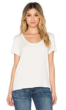 Barry U Neck Tee in White