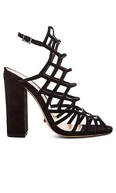 Jaden Heel in Black