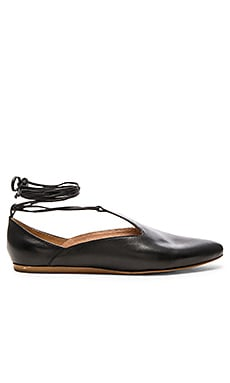 Hive Flats in Black Leather
