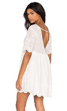 Daisy Eyes Dress in White
