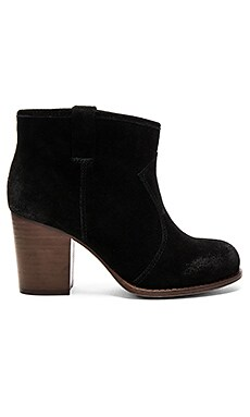 Lakota Bootie in Black