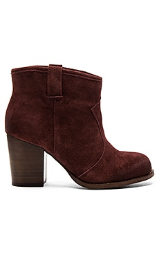 Lakota Bootie in Dark Wine