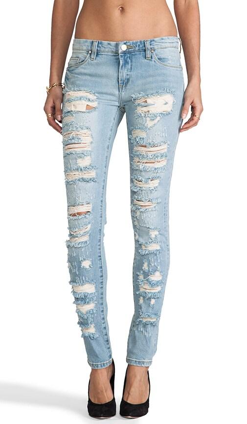 BLANKNYC Состаренные джинсы в цвете Dreamathon REVOLVE