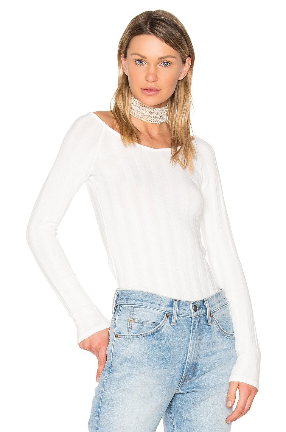 Retrograde Off Shoulder Top