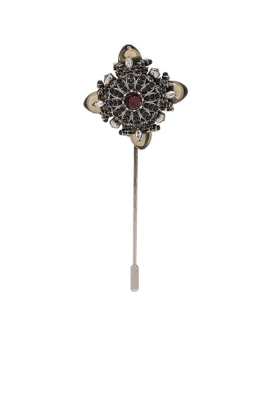 Alexander McQueen Lapel Pin in Silver