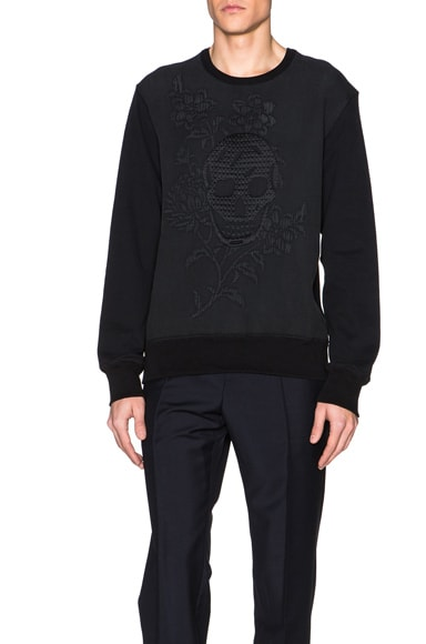 Alexander McQueen Embossed Sweatshirt in Black