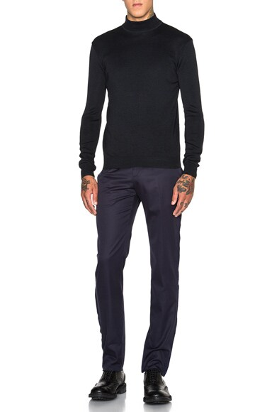 Raw Cut Detail Trousers