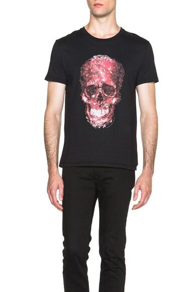 Alexander McQueen Classic Skull Print Tee in Black & Red