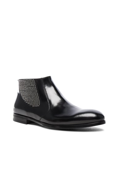 Alexander McQueen Studded Chelsea Leather Boots in Black