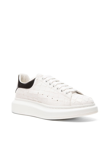 Alexander McQueen Leather Platform Low Top Sneakers in White & Black