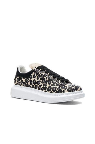 Alexander McQueen Leather Platform Sneakers in Leopard