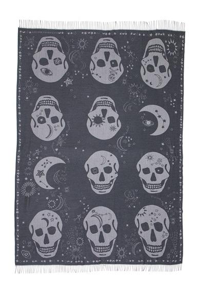 Oversize Skull Blanket