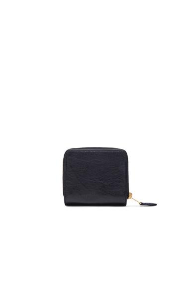 Giant Billfold Zip Wallet