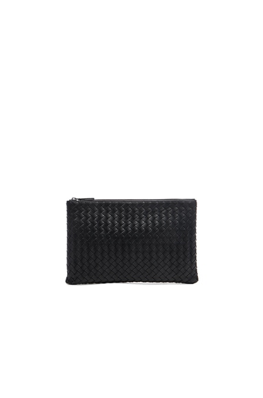 Bottega Veneta Pouch in Nero
