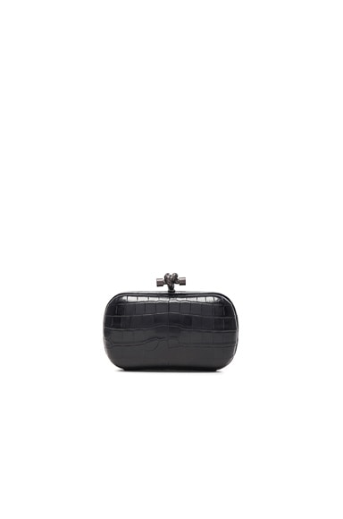 Bottega Veneta Soft Crocodile Knot Clutch in Nero