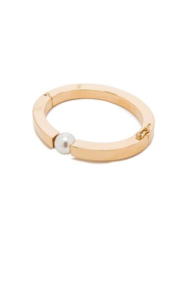 Chloe Brass Darcey Bracelet in Pearl