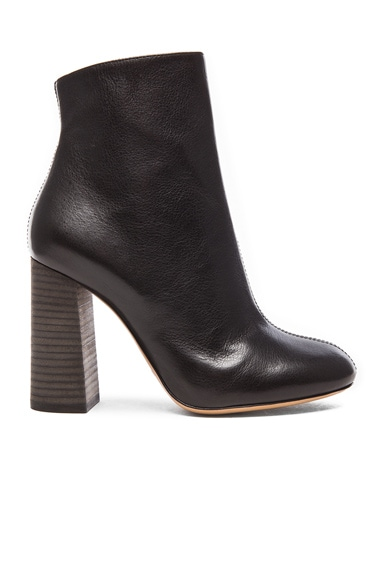 Chloe Leather Boots in Black