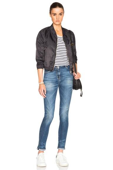 Noir Jeans