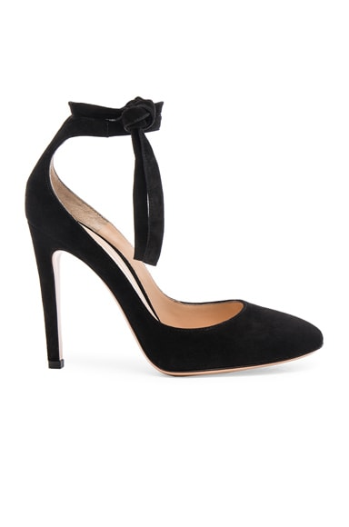 Suede Carla Pumps