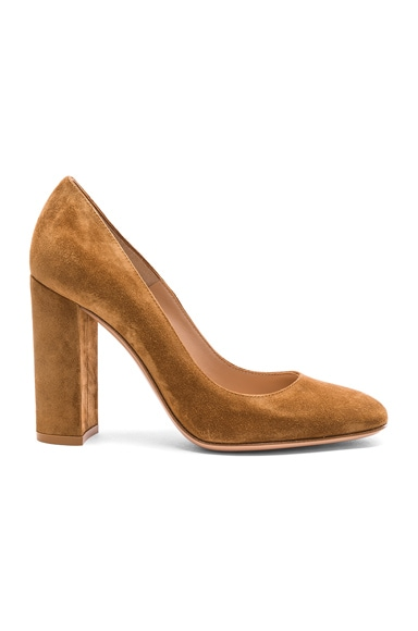 Gianvito Rossi Suede Chunky Heels in Almond