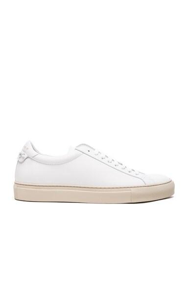 Urban Street Low Top Sneakers