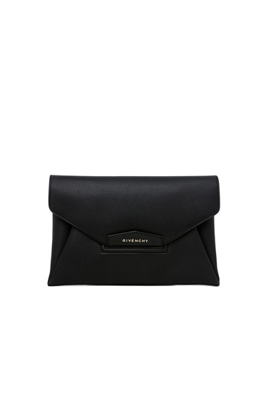 GIVENCHY Medium Antigona Envelope Clutch in Black