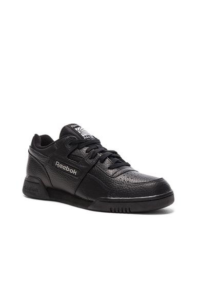 x Reebok Leather Classic Low Sneakers
